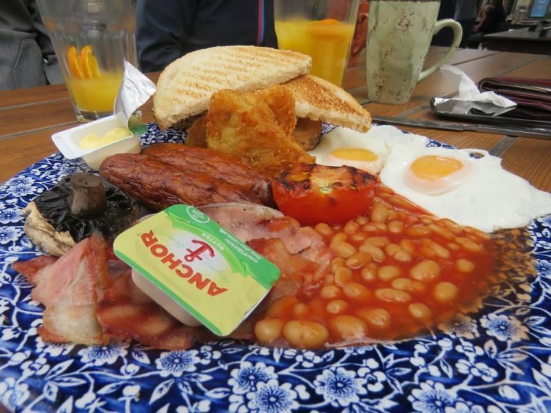 Englisches Frühstück The Ice Wharf
