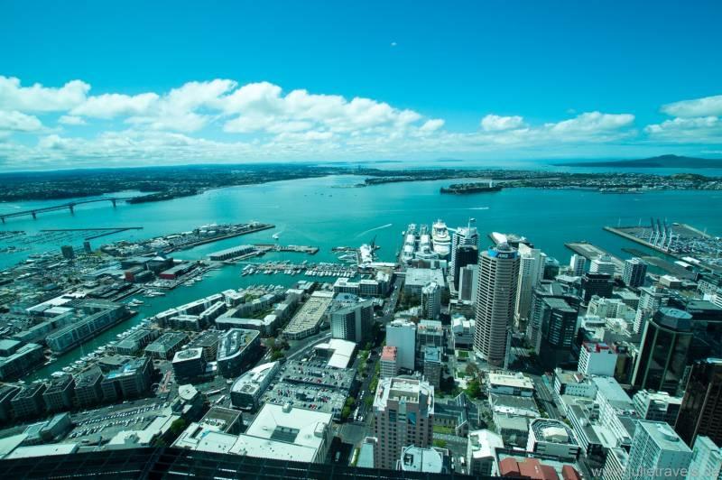 Hafen und Harbour Brigde Auckland