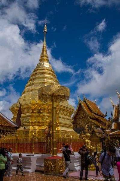 Goldener Chedi in Wat Pha That Doi Suthep