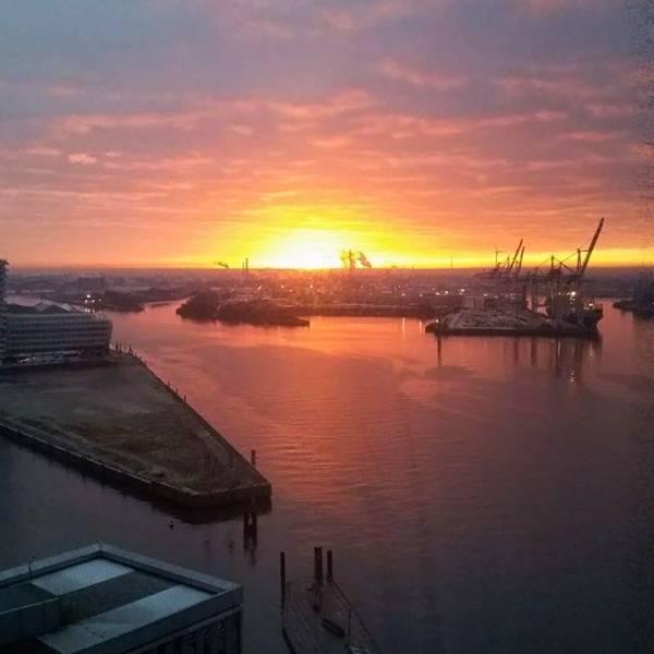 Elbphilharmonie - Sonnenaufgang