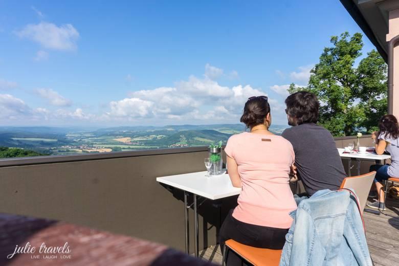 Leuchtenburg_SitzplatzTerrasse_julietravels
