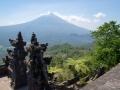 Ausblick vom Lembogan Tempel