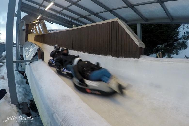 Ice Tubing Gästebob Oberhof im Reifen auf der Bobbahn