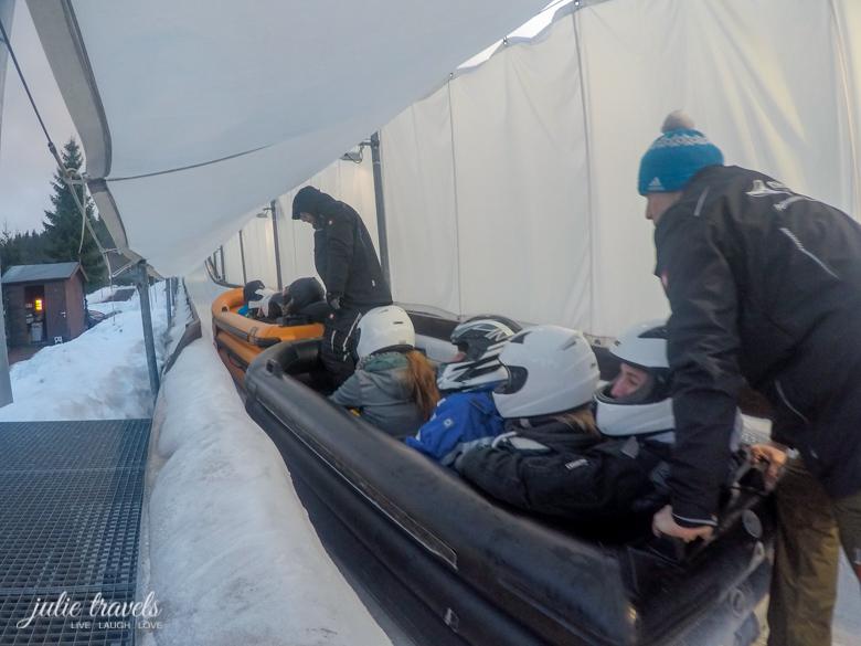 Ice Rafting Gästebob Oberhof im Ziel