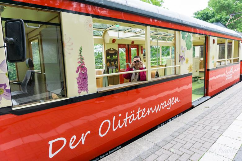 Der Olitätenwagen der Oberweißbacher Schwarzatalbahn